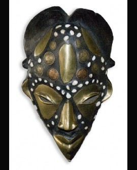 Punu Prosperity Mask